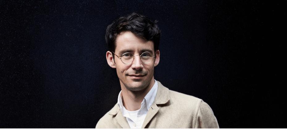 Sjaak Hullekes laat zijn Ongefilterde Mening op de Nederlandse Mode-Industrie Los