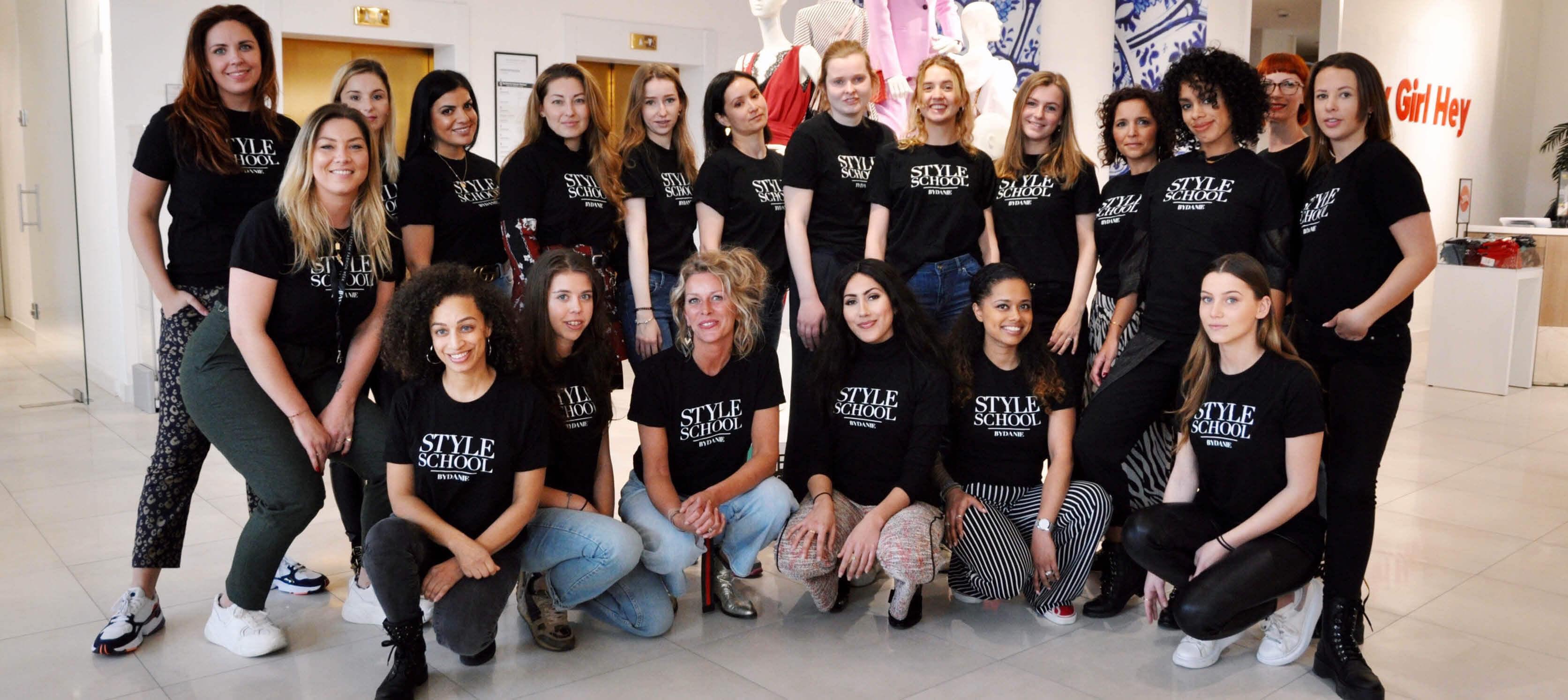 Style School Talenten treffen Voorbereidingen voor Amsterdam Fashion Week